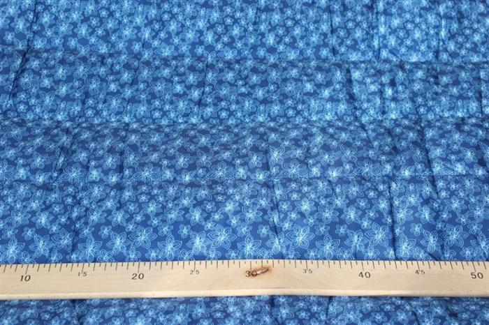 Стежка курточная Цветочки на синем - фото 5394
